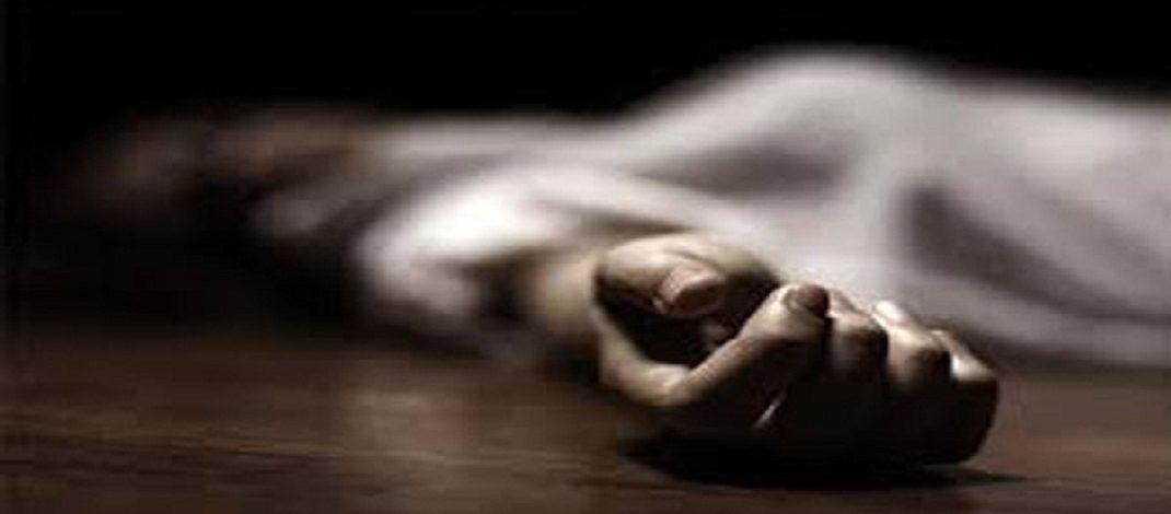 Kashmir: Policeman shot dead near his house by militants