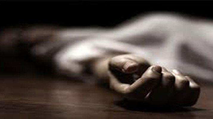 Kashmir: Policeman shot dead near his house by militants 10