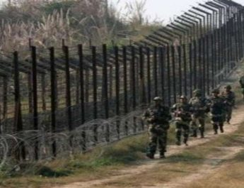 Jammu & Kashmir: One Soldier matyred, Another Injured In Pak Firing Along LoC In Poonch 4