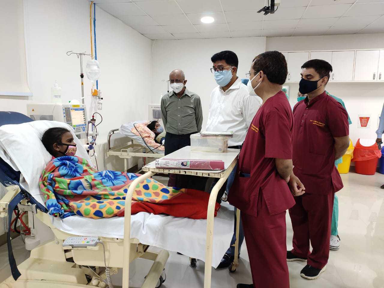 हिमालयन हॉस्पिटल में उत्तराखंड का सबसे बड़ा डायलिसिस सेंटर हुआ स्थापित, डायलिसिस मशीन 30 से बढ़ाकर की गई 40 3