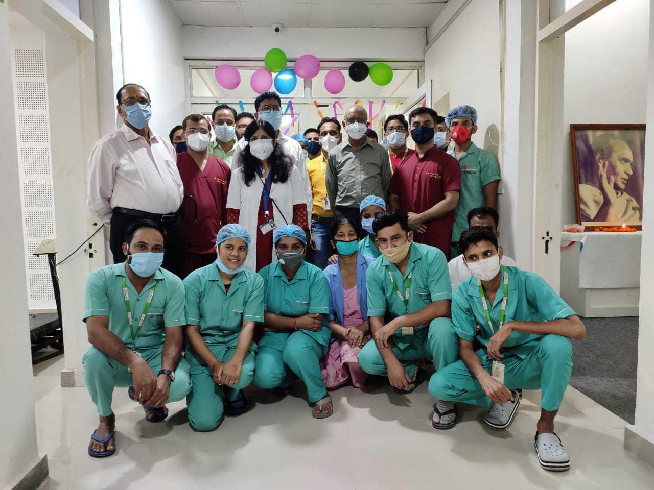 हिमालयन हॉस्पिटल में उत्तराखंड का सबसे बड़ा डायलिसिस सेंटर हुआ स्थापित, डायलिसिस मशीन 30 से बढ़ाकर की गई 40 4