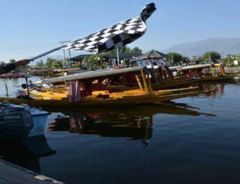 Jammu & Kashmir: Army conducted Shikaar race at Dal Lake 4