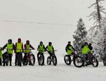Jammu & Kashmir: Director Tourism, Kashmir kick starts Winter Sports activities at world famous Gulmarg Ski resort, Urges youth to enthusiastically participate in winter games 3