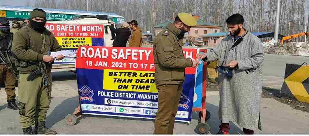 Jammu & Kashmir: 'Sadak Surakhsha Jeevan Raksha' kick started across all districts of Kashmir