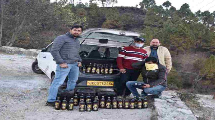 पिथौरागढ: आबकारी विभाग की बडी़ कार्यवाही, हरियाणा ब्रांड की शराब के साथ 01 अभियुक्त मय वाहन गिरफ़्तार 13
