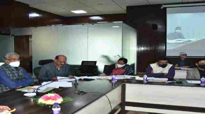 मुख्यमंत्री ने की जनपद टिहरी की विभिन्न विधानसभा क्षेत्रों के लिये की गई सीएम घोषणाओं की समीक्षा, विधानसभा क्षेत्रों को जोड़ने वाली सड़कों के निर्माण में तेजी लाने के दिये निर्देश 10