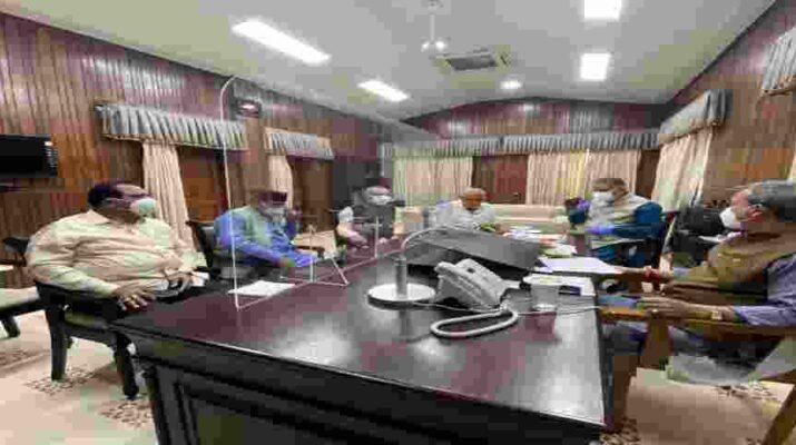 विधायक गण एवं जनप्रतिनिधि जनता के साथ निरंतर संवाद बनाए रखें - मुख्यमंत्री तीरथ सिंह रावत 2