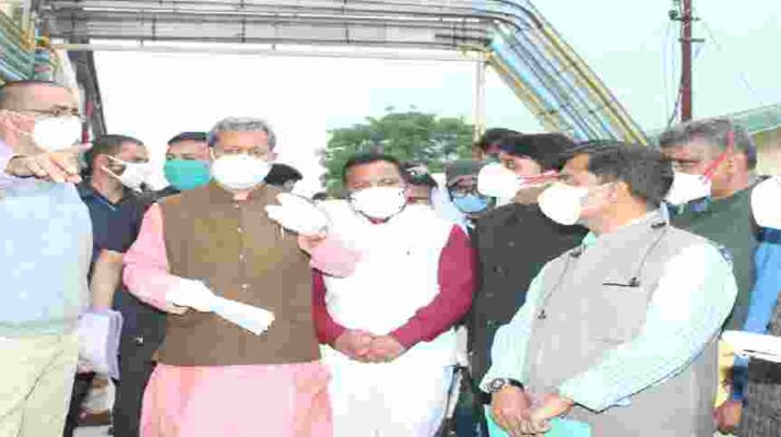 मुख्यमंत्री तीर्थ सिंह रावत ने हल्द्वानी जनपद में किया कोविड वैक्सीनेशन सेन्टर का शुभारम्भ, वहीँ अल्मोड़ा जनपद में किया बेस चिकित्सालय/मेडिकल कालेज का निरीक्षण, दिए यह महत्वपूर्ण निर्देश 15