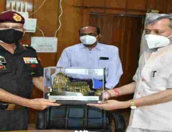 Uttarakhand: मुख्यमंत्री से मिले सेन्ट्रल कमांड के जी.ओ.सी इंचार्ज, सीमान्त क्षेत्रों के विकास पर किया विचार विमर्श