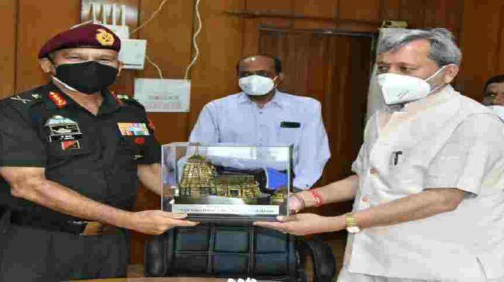 Uttarakhand: मुख्यमंत्री से मिले सेन्ट्रल कमांड के जी.ओ.सी इंचार्ज, सीमान्त क्षेत्रों के विकास पर किया विचार विमर्श 1