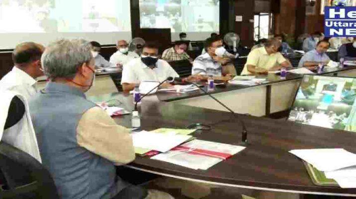 मुख्यमंत्री ने की जनपद नैनीताल व उधमसिंह नगर जनपदों के लिये की गई घोषणाओं की समीक्षा, कहा - जन सुविधाओं से जुड़ी योजनाओं के क्रियान्वयन में लाई जाए तेजी 11