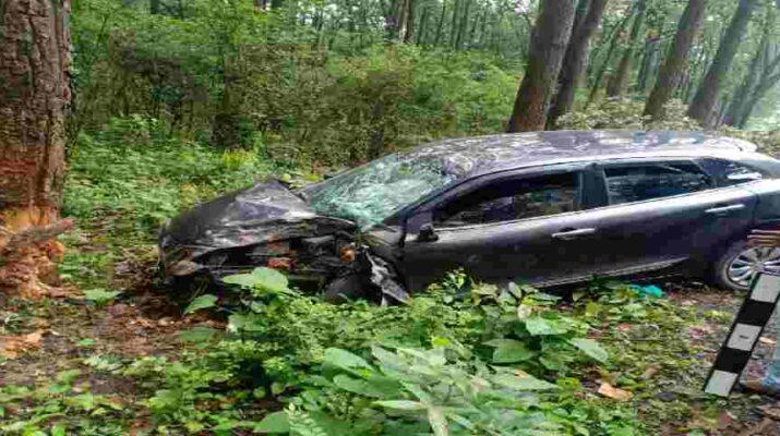 देहरादून में भीषण कार हादसा, 2 की मौके पर ही मौत, 4 घायल 5