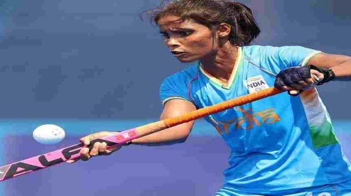 मुख्यमंत्री धामी ने उत्तराखंड की बेटी व भारतीय महिला हाॅकी टीम की खिलाङी वंदना कटारिया को 25 लाख देने की घोषणा, कहा - शीघ्र राज्य में एक नई एवं आकर्षक खेल नीति होगी लागू 6